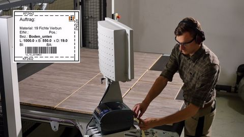TouchLabel - The label printer included in the package produces self-adhesive barcode labels
